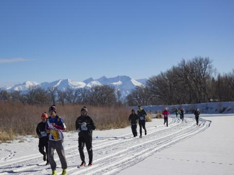 Participants running in the Rio Frio Ice Fest 5K in Alamosa, Colorado